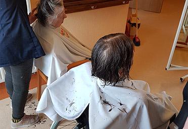 Idzie wiosna zmień fryzurę